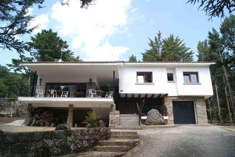 single family houses venta in becerril de la sierra centro